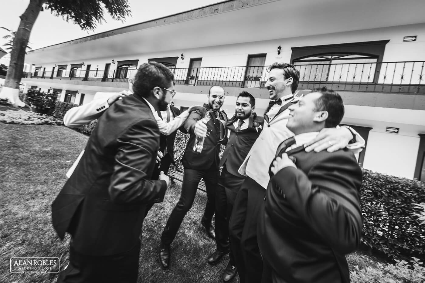 Festejo boda Alan Robles Wedding & Love Photographer - Fotografo Bodas Guadalajara