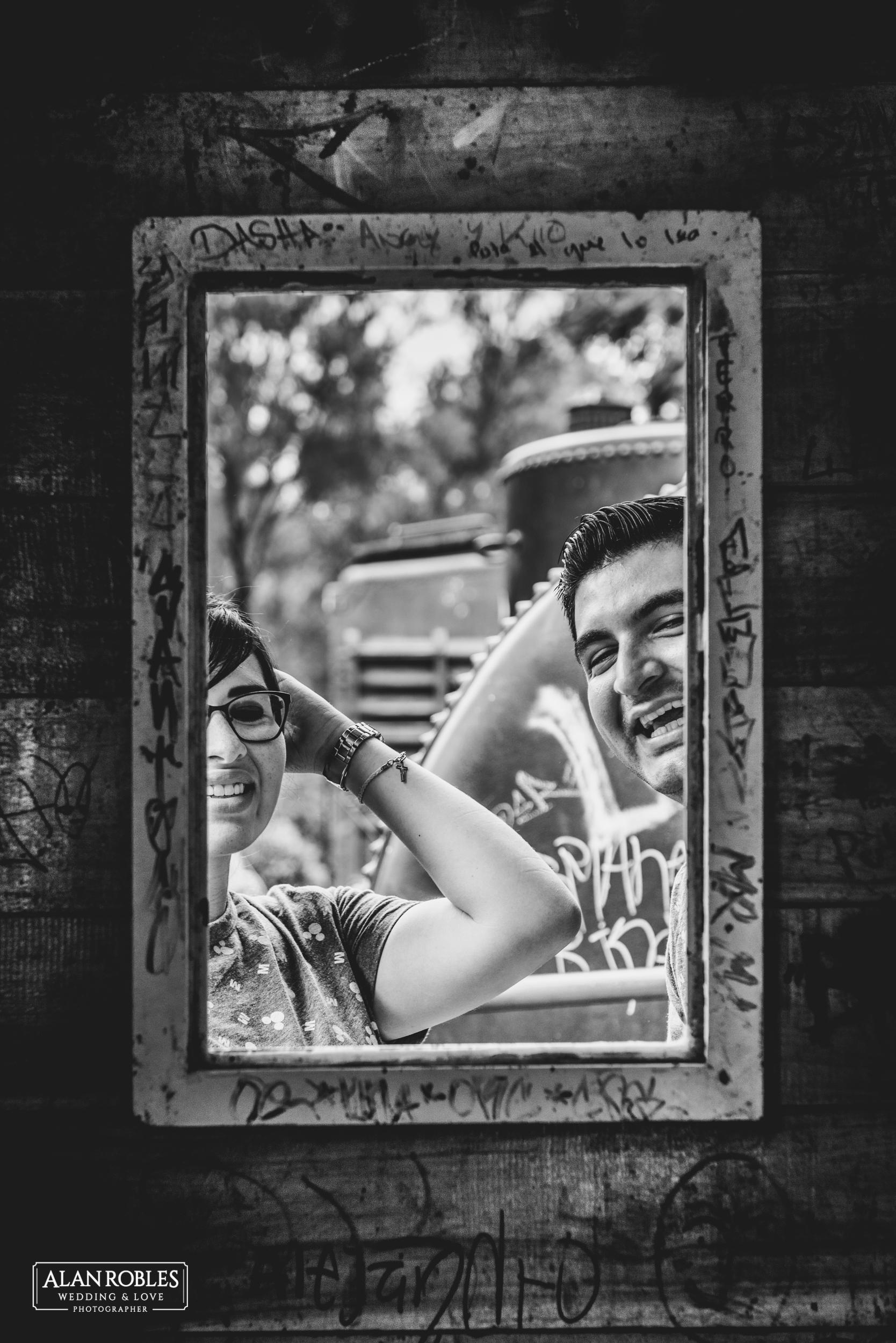 Tren Blanco y negro - Alan Robles Fotografo de bodas en Guadalajara