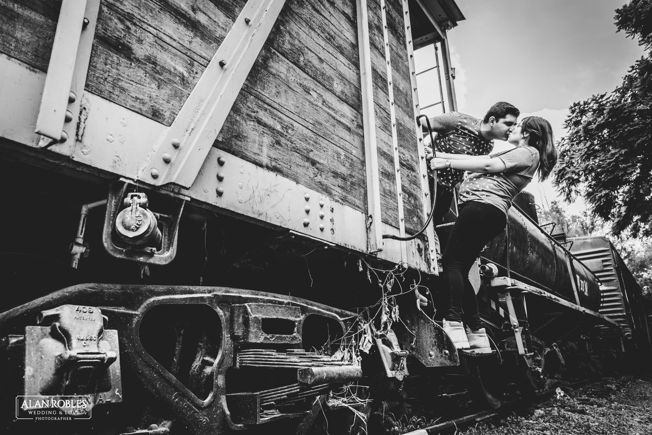 Vagon de tren - Alan Robles Fotografo de bodas en Guadalajara