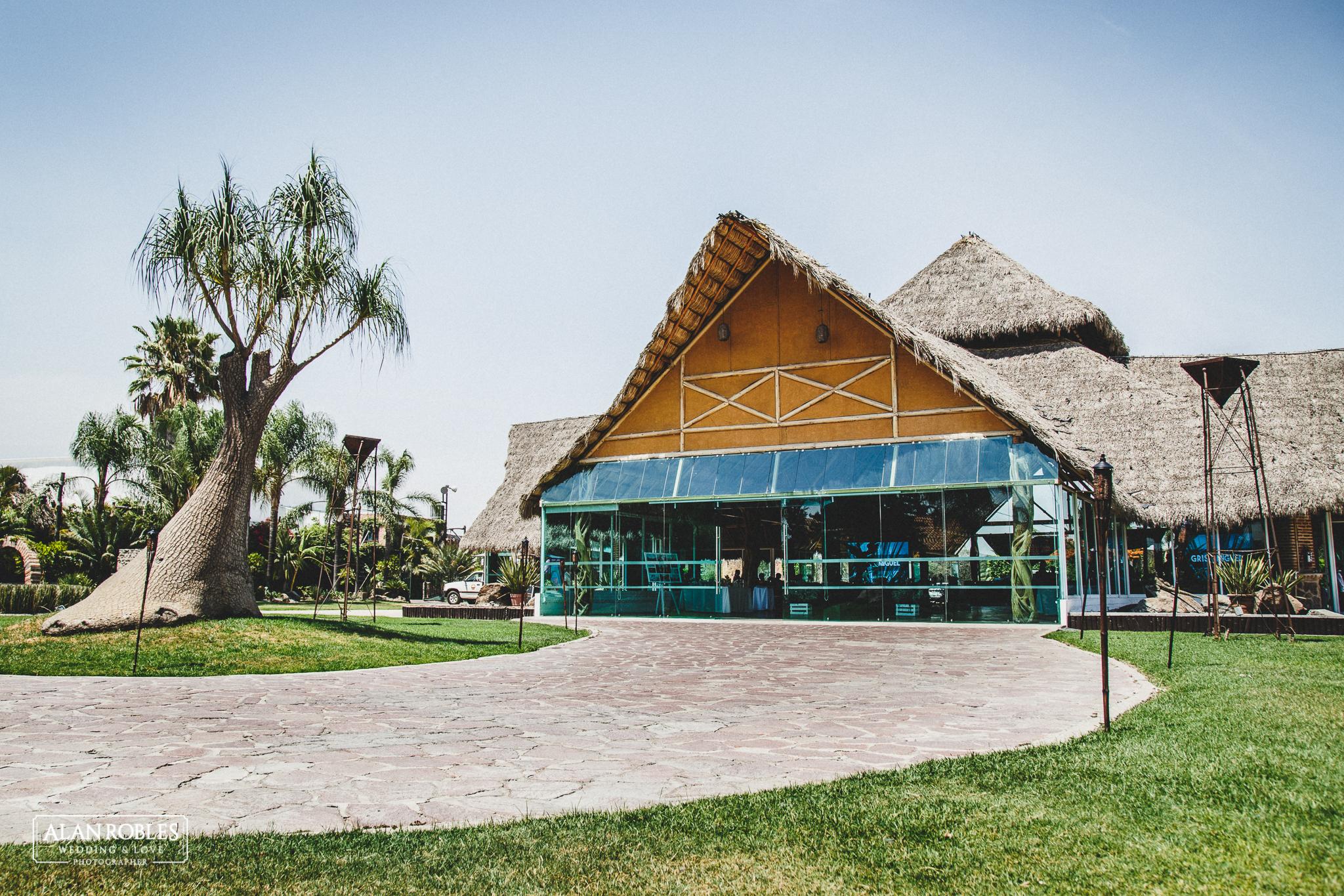 Vista exterior en Hacienda Los Pozos. Fotografia de bodas. Alan Robles, fotografo de Bodas
