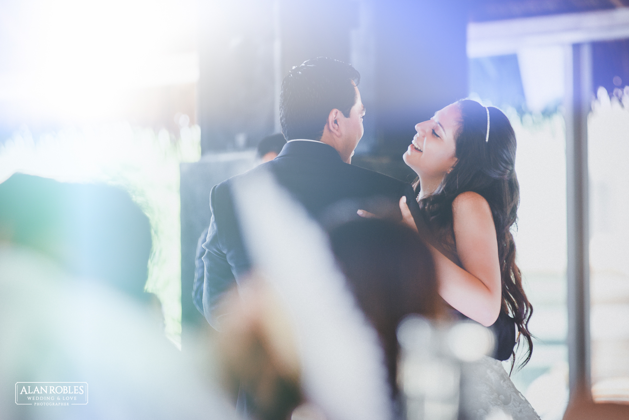 Vals de los novios en su boda. Primer baile juntos en Hacienda Los Pozos. Alan Robles Fotografo de bodas en Guadalajara.