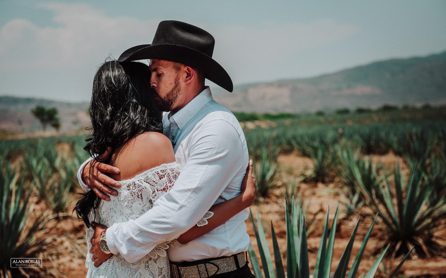Fotografo de Bodas en Guadalajara Alan Robles - Preboda en Tequila Pueblo Magico